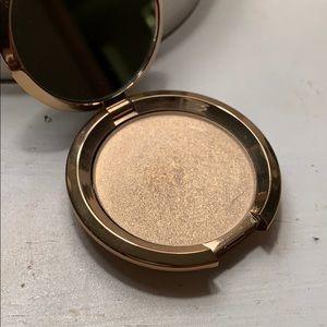 Gold Becca Highlighter